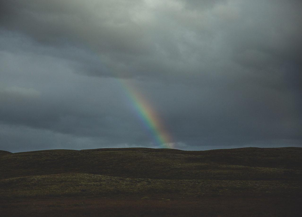 Som en regnbåge